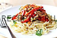 Салат из лапши и курицы - простой рецепт